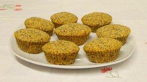 frisch gebackene vegane Mohnmuffins